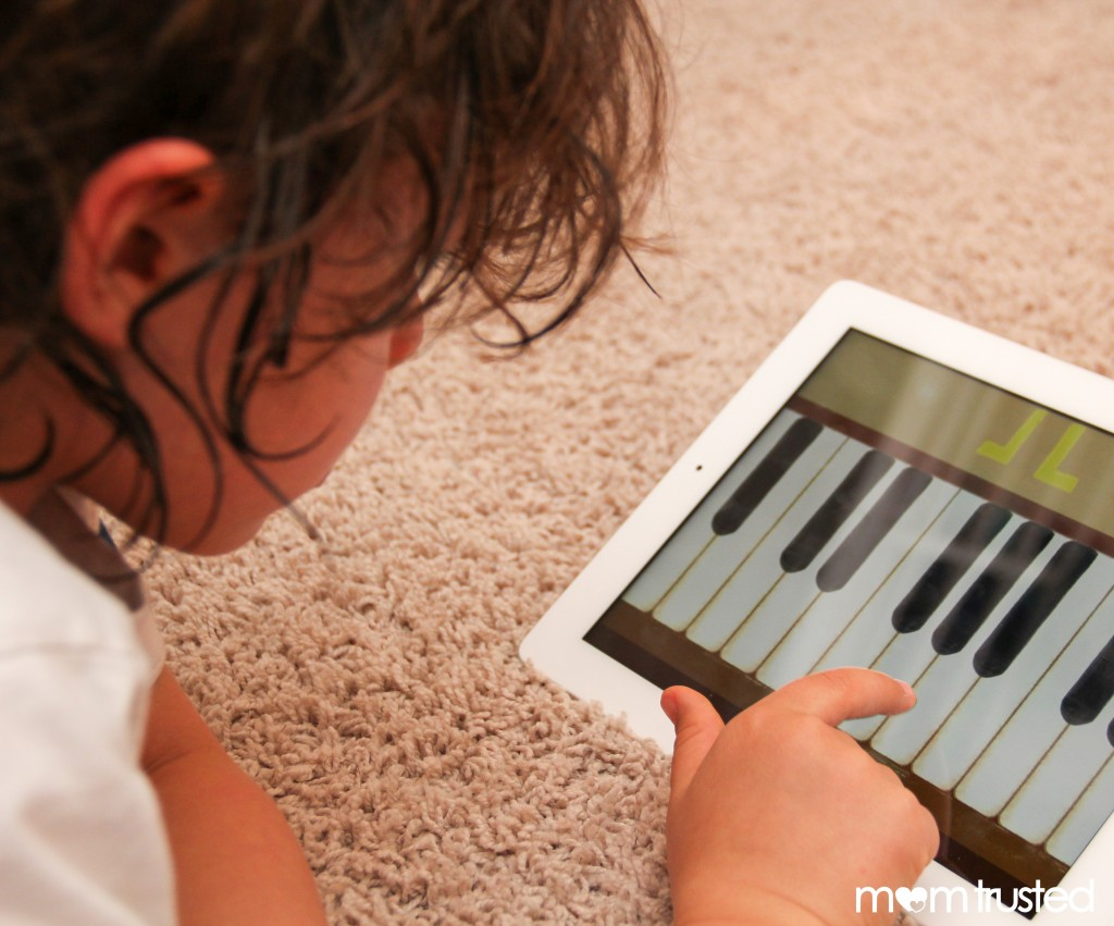 play piano on ipad - piano app